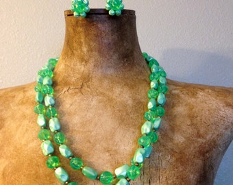 "Pretty 1960s Green Glass Bead 56"" Necklace and Matching Clip Earrings"