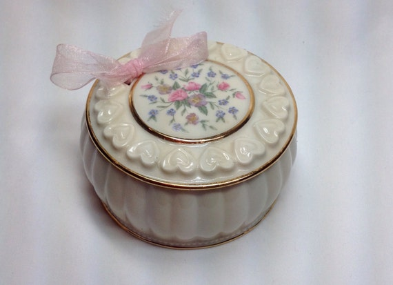 Lenox Wedding Gifts: Vintage Lenox Pink Cream Flower Heart Ring Trinket Round