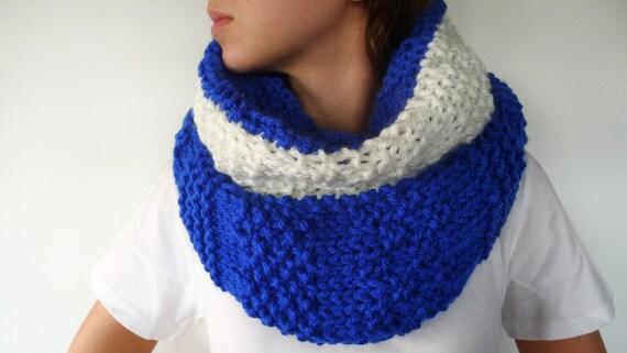 Bufanda cuello azul. Cuellos de punto hechos a mano. Cuellos de lana originales.