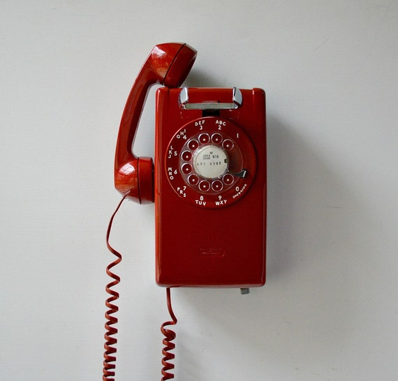 Red wall phone working rotary dial wall mount telephone for Telephone mural 1970