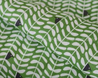 15% Off // Peeking Green, Yoyogi Park from Cloud 9 Fabrics, Certified Organic Cotton Fabric, Quilting Weight