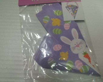 Easter cone shaped treat boxes