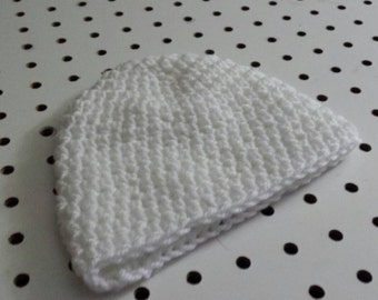 White Crocheted Infant hat (0-6 months)