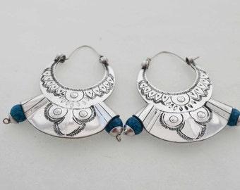 Lightweight silvery blue beads earrings Bereber inspiration.