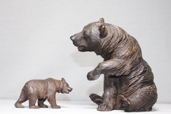 hand carved wood bears 1