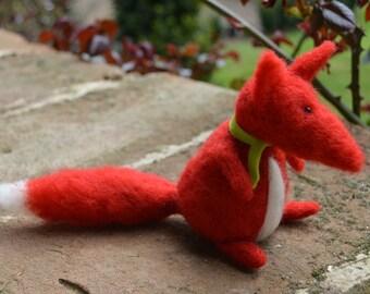 Little Needle Felt Fox, Miniature, OOAK, fox, woodland, animal, forest, critter, miniature dolls, soft sculpture,