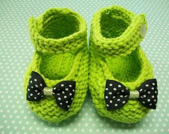 Lemon Green Baby Booties, Lemon Green Baby Girl Shoes, Green Newborn Shoes, Green Crib Shoes, Lemon Green Cotton Baby Booties, Mary Janes