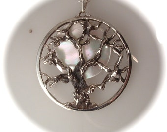 Pearl moon tree