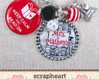 PERSONALIZED Librarian Gift Key Ring, Keep Calm and Read On Quote Bangle Bracelet, Library Teacher Gift, Book Lovers Gifts, COLOR CHOICES