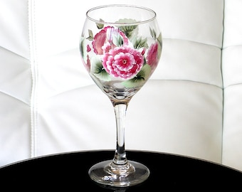 Hand Painted Wine Glass Pink Hydrangeas Green Leaves Hand Painted Glassware Stemware Hand Painted Wine Glasses Painted Glass Personalized