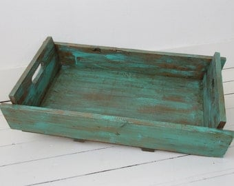Wooden sering tray in turquoise brown rustic chic style