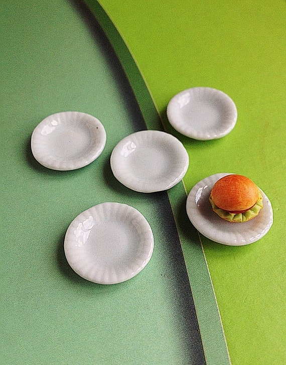 Miniature Plate,Miniature Tray,Miniature Ceramic Plate,Miniature Ceramic Tray Miniature food,Doll's House plate,Dolls House Tray,DIY,Dolls