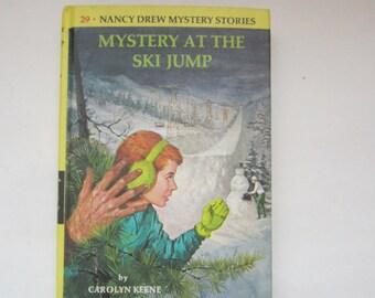 Nancy Drew Mystery at the Ski Jump, Nancy Drew Mystery at the Ski Jump number 29, Nancy Drew series 1980s vintage book, Carolyn Keene