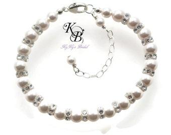 Pearl Bridal Bracelet Wedding Jewelry, Pearl and Crystal Bracelet, Bridal Jewelry, Bridal Shower Gift, Classic Jewelry, Classic Bracelet