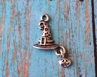 8 Witch hat with pumpkin charms - witch hat charms, witch charms, Halloween charms, silver wizard hat charm, pumpkin charms, XX1