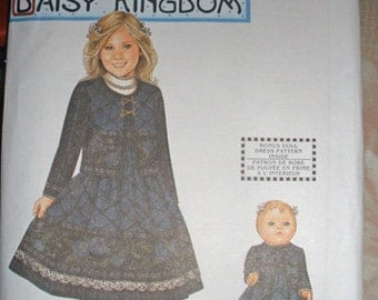 """NIP Daisy Kingdom dress pattern by Simplicity for girls size 3-6 and 18"""" doll"""