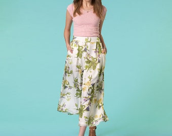 McCall's Pattern M7131 Misses' Shorts and Pants