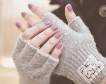 Knitted Fingerless Gloves. Ladies Hudson Wool Fingerless Gloves in Soft Grey. Half finger gloves. Camping Season.