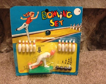 vintage plastic bowling set (new in package) year?