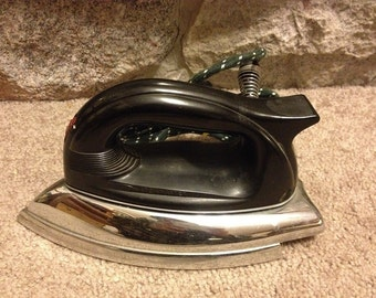 Vintage Antique Sunbeam Ironmaster Electric Iron Model A-4