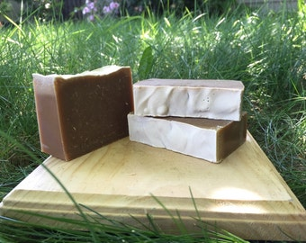 Sactown Honey NEARLY NATURAL - Honey Cold Process Soap