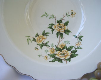 Lido W S George Canarytone Round Vegetable Bowl Yellow Green Floral Scallop