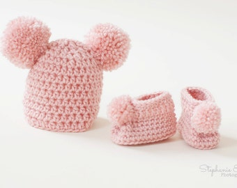 Crocheted Newborn Girl Gift Set - Pom Pom Hat and Booties