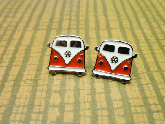 Hippie bus earrings, red Volkswagen Van, black VW Camper, sixties jewelry, hipster vintage retro jewelry, party accessories, hippie jewelry