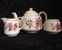 Vintage SADLER Teapot Tea Set with floral motif and gilt luster banding,1950s Teapot,Sadler Floral tea set. Period prop Teapot.