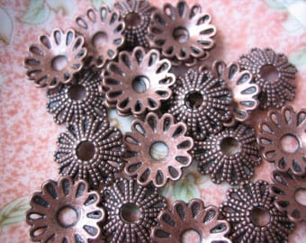 32 Copper Flower Daisy Caps. 11x3mm 12 Open Petals, Antique Copper Cast Metal Flower Caps. Tibetan Cone-Flower Caps. USPS Ship Rates/ Oregon