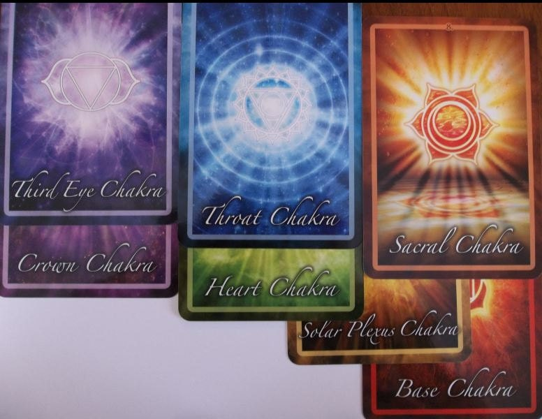 Chakra Insight Oracle: A Transformational 49-Card Deck by Caryn Sangster (Englis