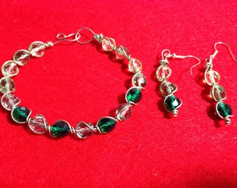 Wire Wrapped Bracelet and Earring Set - Light green to dark green gradient