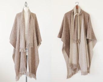 Vintage shawl scarf / poncho / poncho with fringes