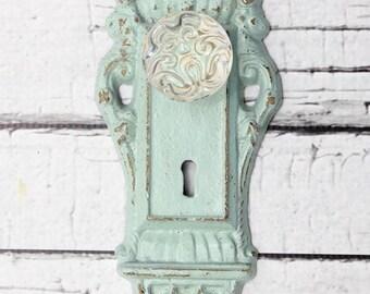 Key style hook // Skeleton Key Wall Hook //  Coat Hook // Cottage Decor // entry hook // mint decor // glass knob hook // doorknob hook
