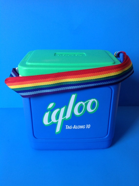 Igloo Tag Along 10 Cooler Rainbow Strap 1980s 1990s Retro