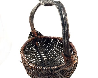 Vintage Hand Woven Vine Handle Primitive Basket