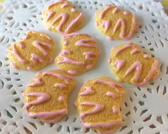 Bitten Cookie Resin Flat Back Cabochon - Cookie Cabochon  - ( 6 pcs )  -  Decoden Cabochons, Resin Beads