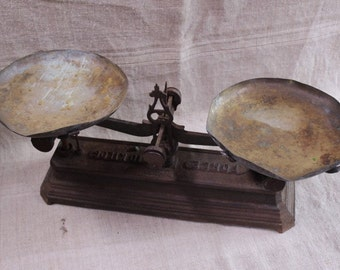 Kitchen Scale, vintage French, cast iron with brass trays