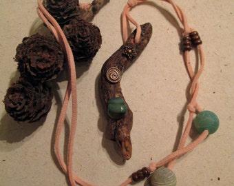 Pendant in natural wood - Spiral - Flurite