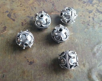 5 Intricate hand made antique silver Bali beads 10mm. 925 sterling  silver #1960