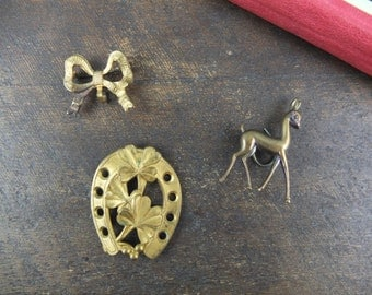 Set of 3 pieces of jewelry / Vintage hardware