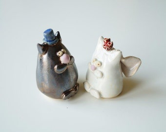 Wedding Decoration, Wedding Cake Topper, Cat Cake Topper, Married Couple, Ceramic Cake Topper by Her Moments