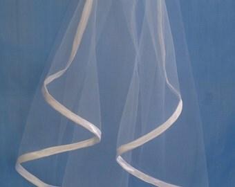 Bridal veil , Satin Edge Veil Shoulder Veil ,Wedding Veil,  White  and Ivory Shoulder Veil Short Veil,