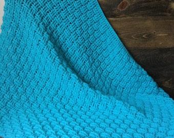 Crochet baby blanket, Turquoise 28x32