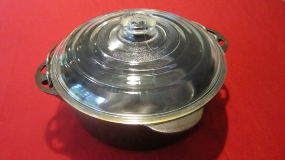 Vintage Griswold Cast Iron Dutch Oven 8 Block Logo With