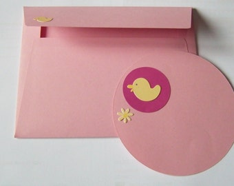 Envelope with greetings card pink