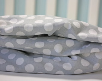 Fitted Crib Sheet | Gray Polka Dot