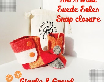 Red Woolen Booties, snap closure