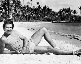 Magnum P.I. Poster, On the Beach, Private Investigator, Tom Selleck, Magnum PI