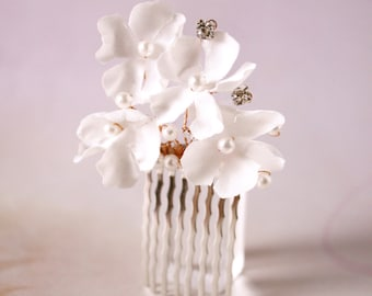 Bridal off white silk flower hair comb, headpiece - Flower comb, Ready to Ship